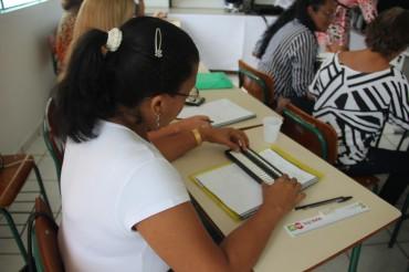 Soroban é o instrumento utilizado nas aulas de matemática para alunos cegos