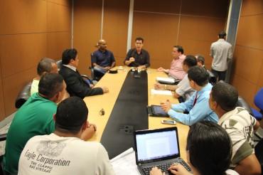 Secretário se reuniu com representantes do Sindicatos dos Vigilantes