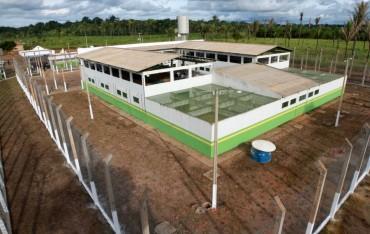 inauguração-da-penitenciária-estadual-aruana_31.03.14_fotos_daiane-mendonça-9_1024x649
