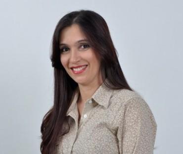 Professora Lucimara Lopes França, da Escola Estadual de Ensino Fundamental e Médio Carlos Drummond de Andrade