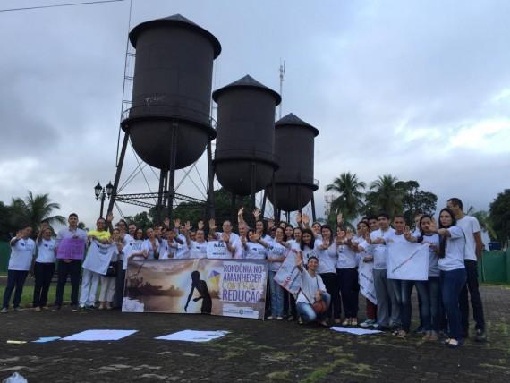 Atores envolvidos na proteção de direitos  dos adolescentes manifestam contra a maior idade penal