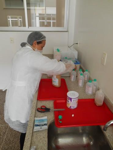 Preparação de alimentos no lactário do Hospital Regional de Cacoal
