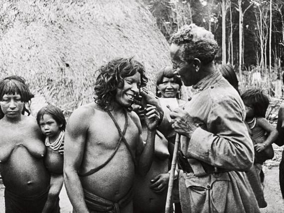 Marechal com indígenas