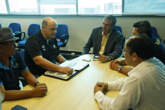 Reunião no gabinete do superintendente da Secel