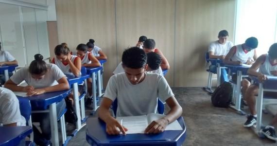 Alunos do Colégio Tiradentes de Jacy-Paraná