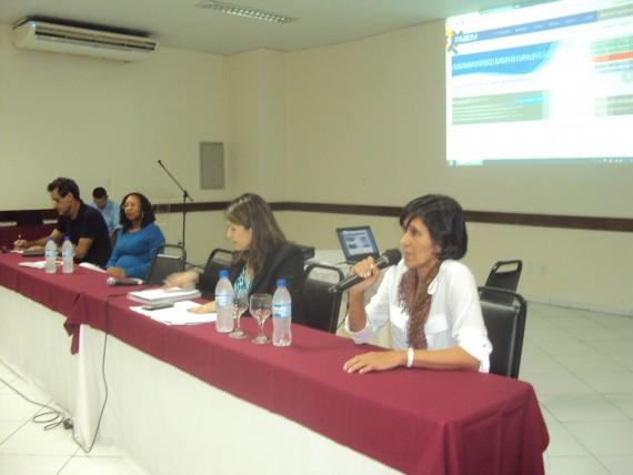 O seminário expôs como alguns países estão organizando suas formações continuadas