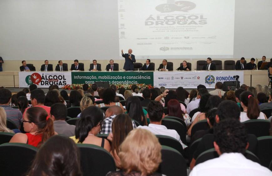 Governador Confúcio Moura abriu Semana de Enfrentamento ao Álcool e outras Drogas