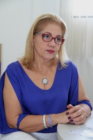 Médica Ana Gerhardt coordena a equipe do Cerest