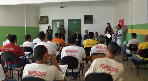 Secretário Marcos Rocha participou da aula inaugural do curso de instalador hidráulico predial no presídio Aruana