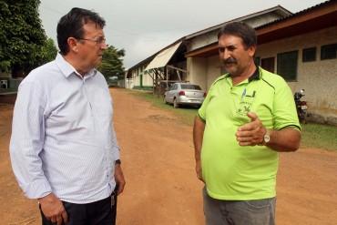 Residente do DER, Irineu Antonio Hofstetter com o vice-presidente do Reca, Simildo Kaifer