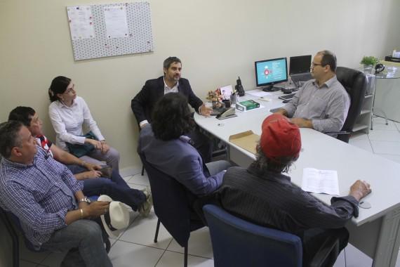 O diretor Caetano, do DER, e técnicos falaram sobre o Anel Viário na 4ª Promotoria.