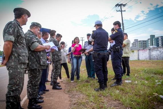 FOTOS_ORGANIZAÇÃO_DO_DESFILE_7_DE_SETEMBRO_28082015_FOTOS_MAICONLEMES-11