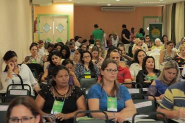 Evento reúne representantes de 33 municípios