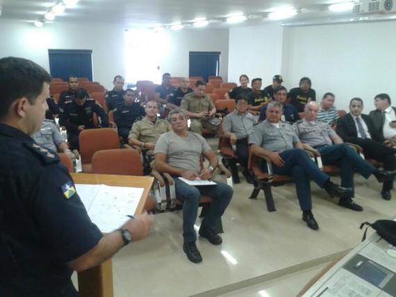 Representantes dos órgãos que integram a Segurança Pública reunidos
