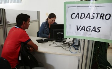 SINE Estadual_09.11.15_Foto_Daiane Mendonça (6)