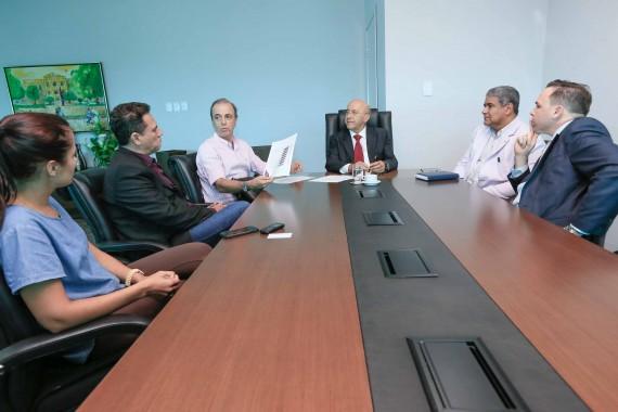 Reunião trata de recursos para o Hospital de Câncer da Amazônia