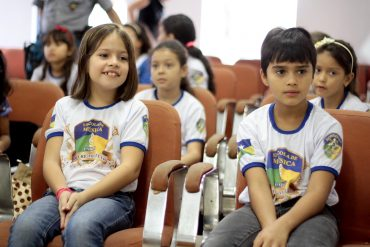 Catarina de Souza e Marcelo Barbosa, querem ser músicos