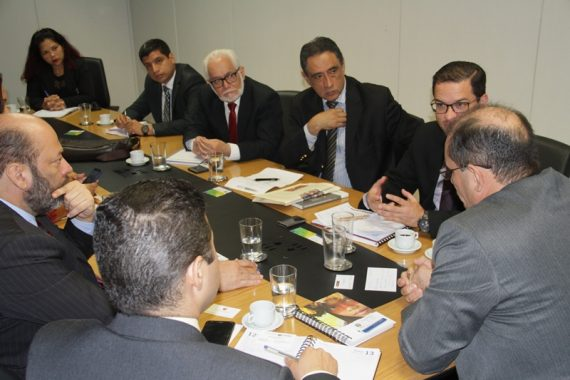 Missão peruana foi recebida pelo vice-governador.