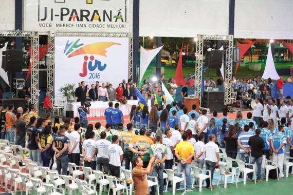 Delegações durante abertura do JIR