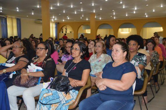 NA CAPITAL - Representantes das regionais de saúde participam de fórum sobre saúde da mulher, em Porto Velho