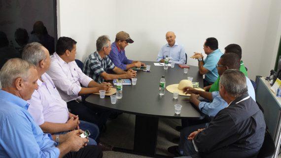 Governador Confúcio em reunião com prefeitos eleitos do Vale do Jamari