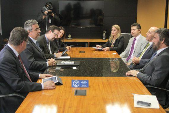 Governador Confúcio esteve nessa terça-feira, acompanhado de uma comitiva do estado, com o presidente da Embrapa, Maurício Lopes