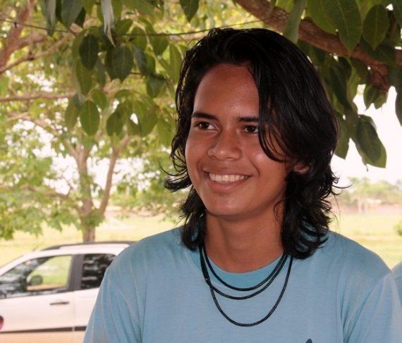 Tiago Karitiana conta orgulho em representar tribo indígena