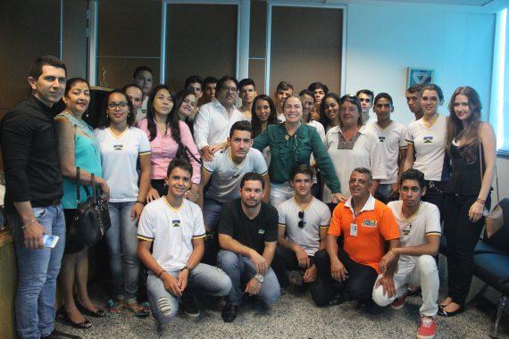 Comitiva da Escola Felipe Camarão, de São Felipe do Oeste, foi recebida pelos secretários Fátima Gavioli e Márcio Félix