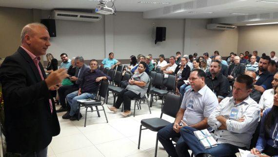 Diretor do DER, Ezequiel Neiva, disse que os prefeitos também  devem procurar apoio dos deputados estaduais, federais e senadores