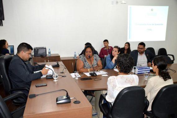 Números positivos do TFD foram apresentados pela assessora técnica, Maria do Socorro da Silva, à Comissão de Saúde da ALE