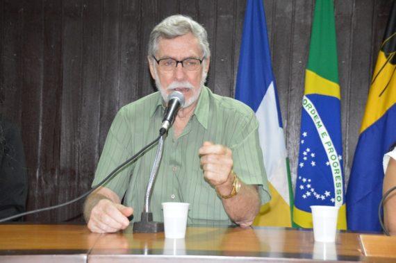 TESTEMUNHO - Walter Bariani afirma que paciente hoje tem dignidade e tratamento humanizado
