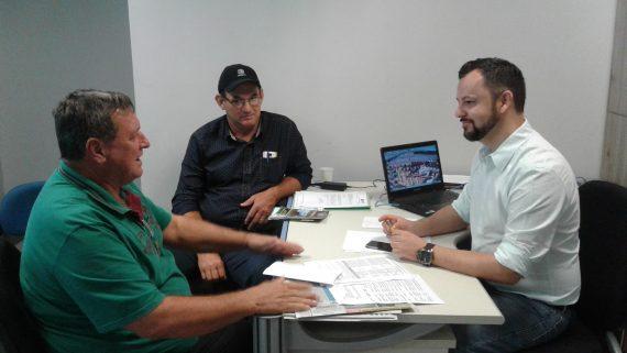 Júlio Olivar recebeu o prefeito