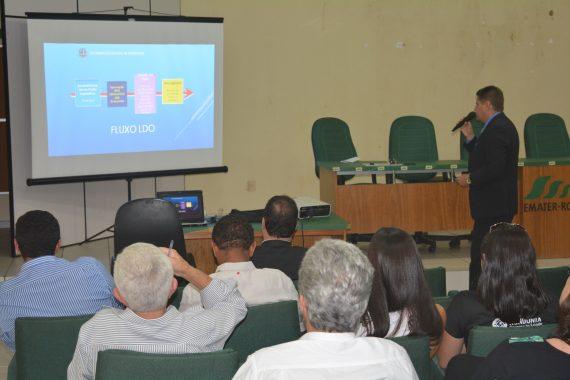 Pedro Pimentel, adjunto da Sepog, abordou a base legal e as principais adequações do documento que será enviado à ALE