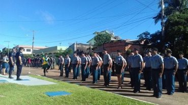 Cerca de 40 policiais militares foram condecorados em Cacoal
