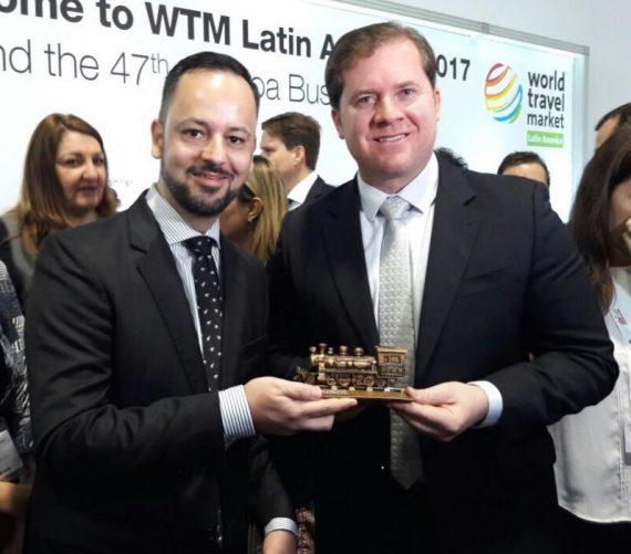 Superintendente Olivar com o ministro do Turismo, Marx Beltrão