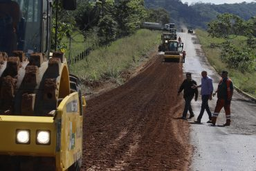 Inspeção à fase final da restauração da RO-370, no acesso ao município de Cabixi