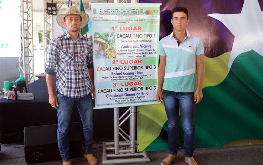 Produtor-rural-investe-em-cacau-e-ganha-concurso-estadual_002-foto-WANIA-RESSUTTI