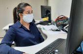 Maria Vitória cursa o 9º período de direito e é estagiária na Diretoria de Previdência.