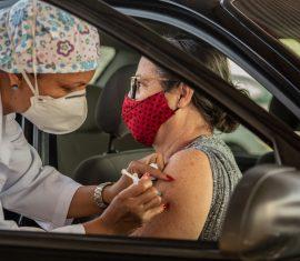 Vacinbação contra covid-19 em ji-paraná fotos Caique Brilhante
