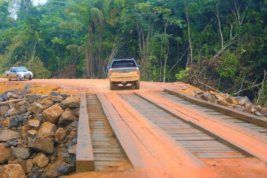 DER conclui ponte sobre o rio Belém na rodovia 133 no município de Machadinho d'Oeste